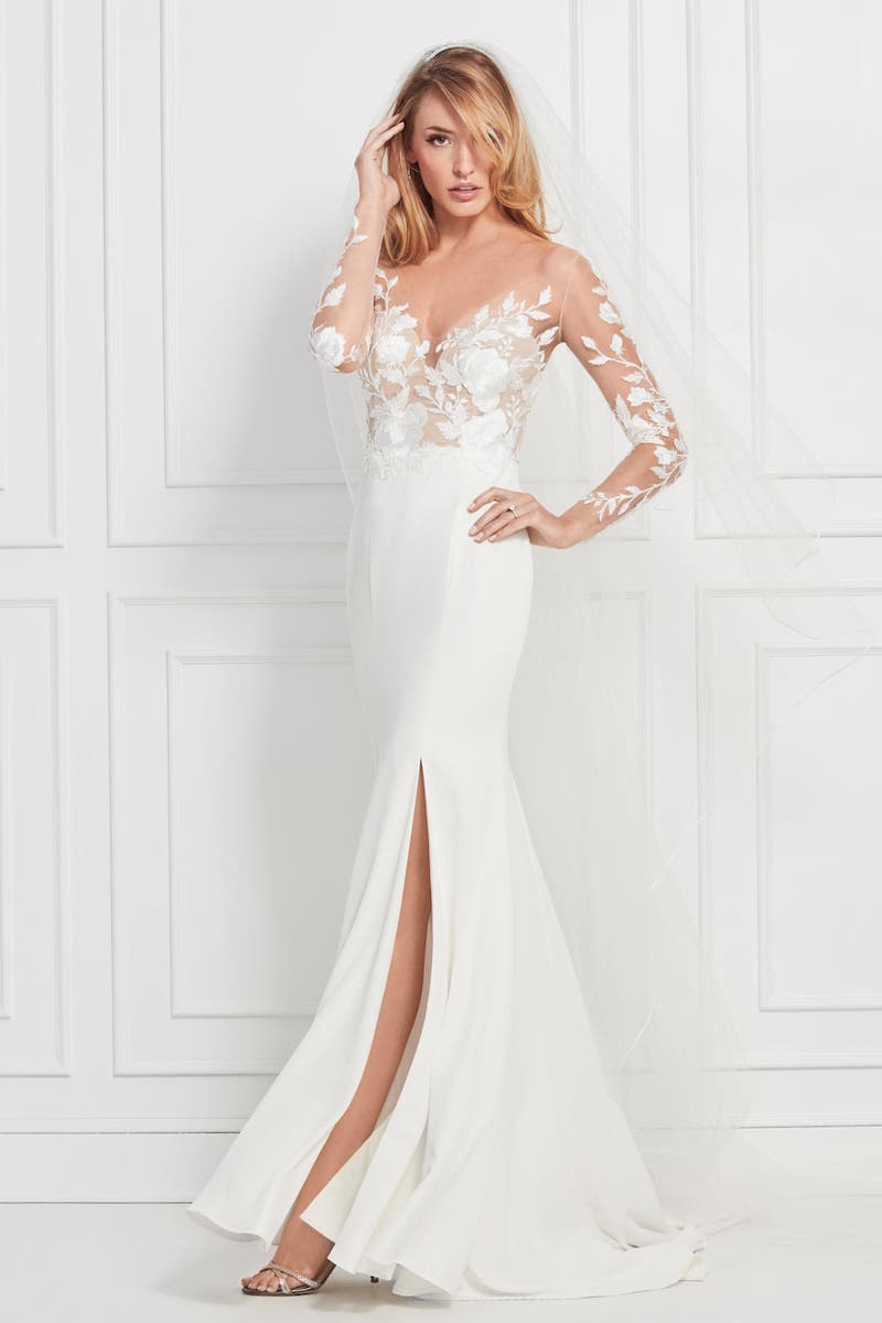 0a26c0e4641 We focus on Boho wedding dress in Montreal. With our designers