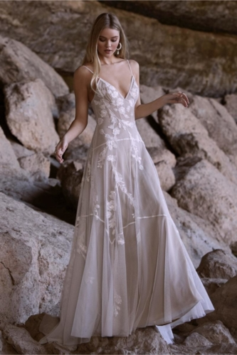 River Ivory Nude - Willow By (Watters)